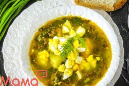 Готуємо в мультиварці: апетитний щавлевий суп