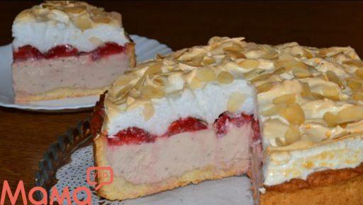 Сирний пиріг «Полуничне хмара»: чудове ласощі