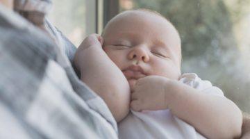 Як обробляти пупок новонародженого