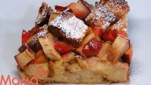 Велика лінива шарлотка: смачний сніданок з яблук і хліба