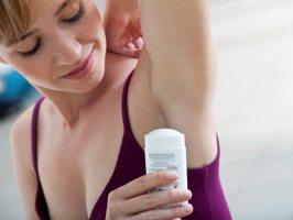 Що вибрати − дезодорант або антиперспірант?