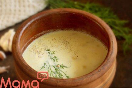 Запашний часниковий суп в духовці