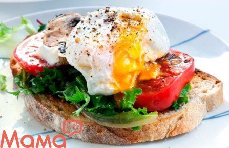 Яйце з індичкою на brioschi