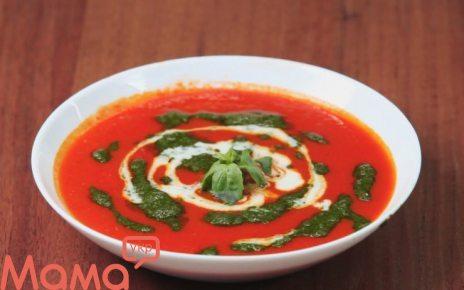 Томатний суп з песто