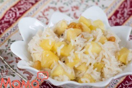 Приголомшливо смачний рис з яблуками