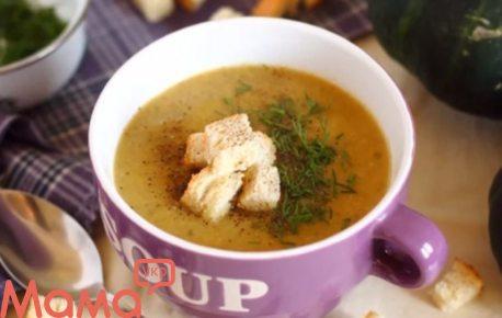Відмінний суп-пюре з грибів і патисонів