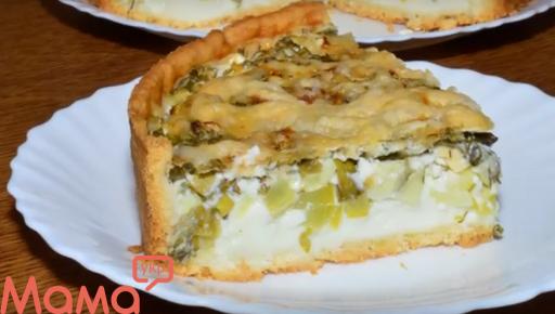 Пиріг з кабачками і зеленню в найніжнішої заливці