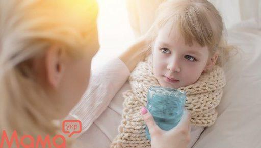 5 засобів від болю в горлі, яким може довіряти кожна молода мама