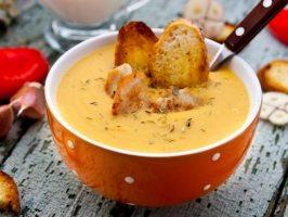4 рецепти супів-пюре з м'ясом або морепродуктами